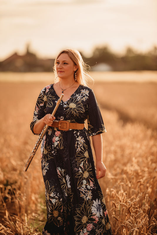 Holly Cook - Flautist